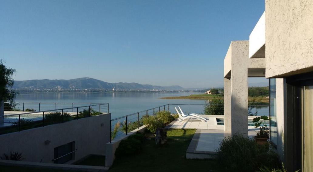 RENTAL OF HOUSES OVER THE LAKE - CARLOS PAZ - Club DON CARLOS Complejo de Casas sobre el Lago
