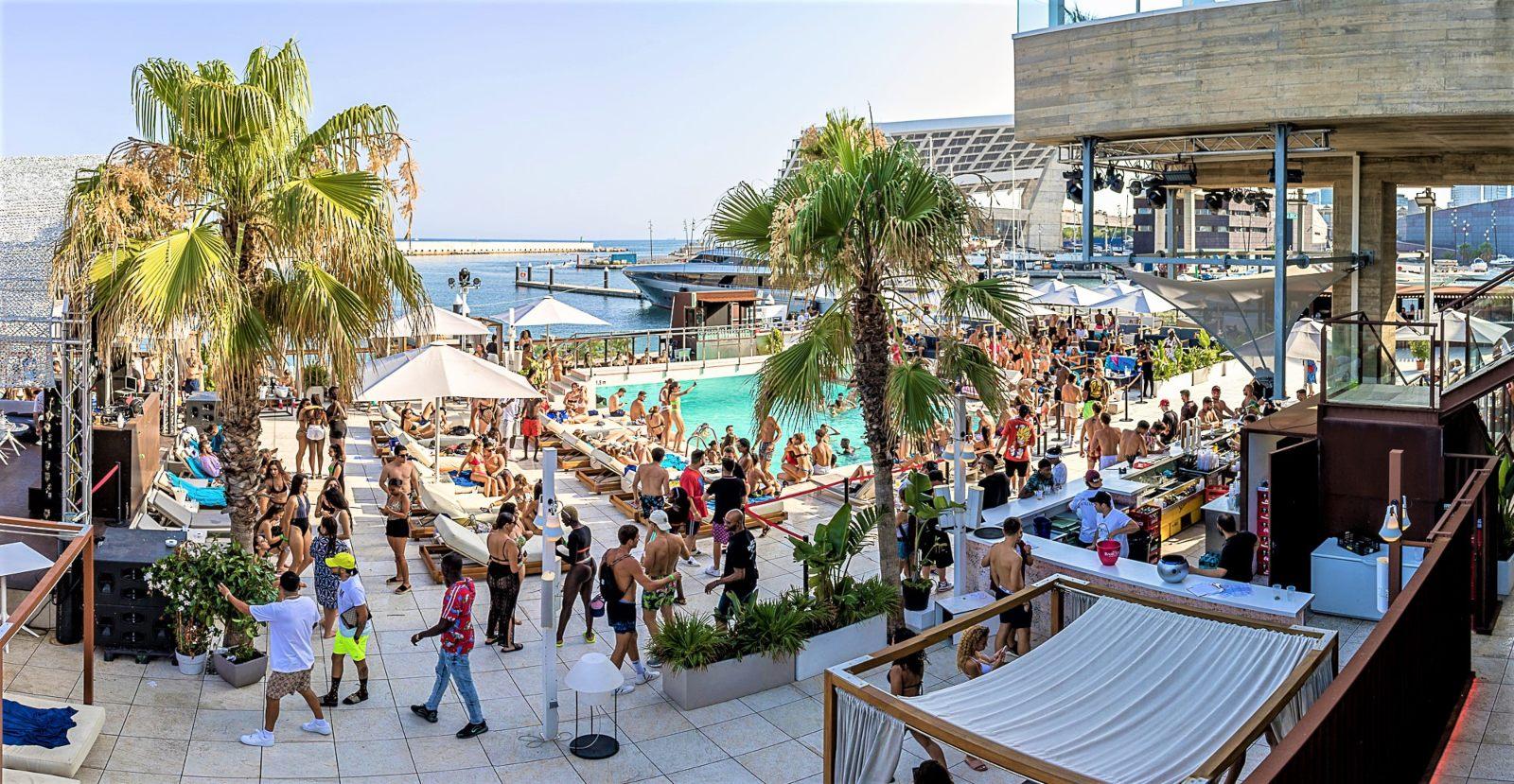Go Beach Club Barcelona Pool Go Beach Club Barcelona Pool Carrer Port Esportiu, 14P, 08930 Barcelona, España